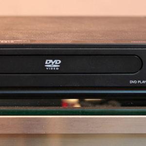 magnavox-dp100mw8b-dvd-player-front