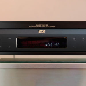 sony-dvp-s7700-dvdplayer-front