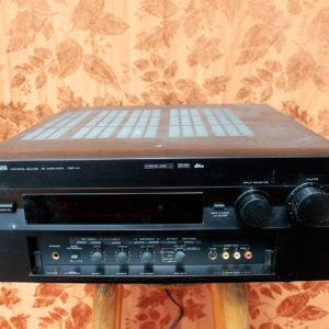 Yamaha_DSP-A1-FrontTop
